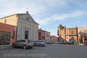 Montalto di Castro - Duomo piazza-Guglielmi