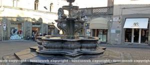 La fontana a piazza delle Erbe