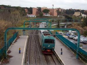 Un treno in stazione