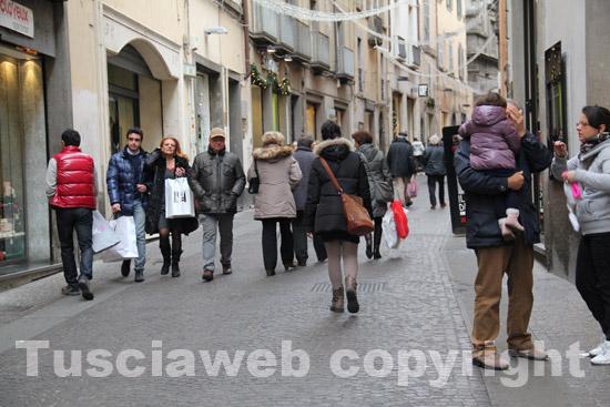Terni, i saldi invernali cominciano in città il 5 gennaio: le regole