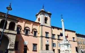 Il palazzo comunale di Tarquinia