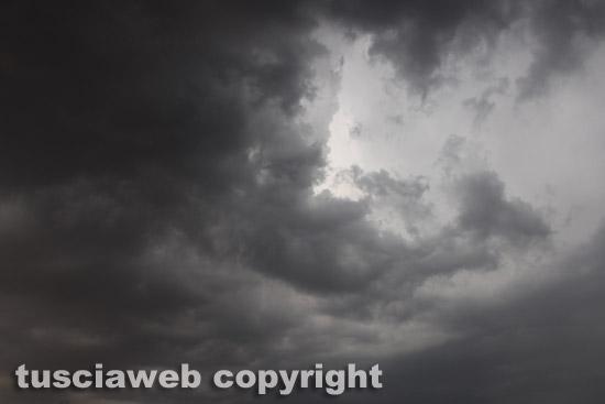 Maltempo: allerta gialla da nord a sud per arrivo temporali
