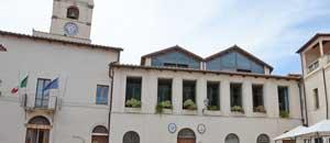 Il palazzo comunale a Montalto di Castro