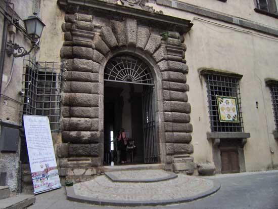 Risultati immagini per palazzo orsini bomarzo