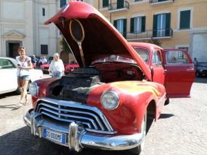 Il raduno di auto storiche a San Lorenzo Nuovo