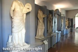 Il Museo nazionale Etrusco alla rocca Albornoz - Le statue del teatro di Ferento