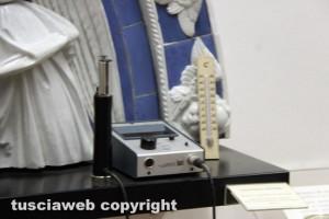 Viterbo - Museo civico - Gli strumenti per misurare l'umidità e la temperatura