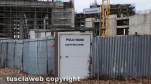 Viterbo - Il complesso della Polonord incompiuto dietro il tribunale