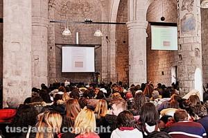 """Unitus - Aula magna di San Carlo - Il seminario """"Auschwitz spiegato a mia figlia"""""""