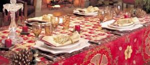 Le tavole degli italiani imbandite per le feste di Natale