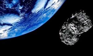 L'asteroide 2004 BL8