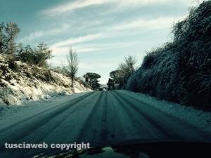Neve sulla strada tra Blera e Vetralla