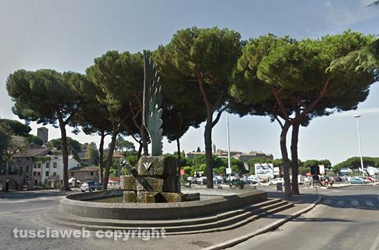 Viterbo - Piazza dei Caduti