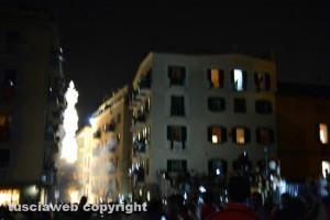 Viterbo - Santa Rosa - Il lancio del fumogeno