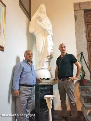 Viterbo - La statua di santa Rosa in basilica - Vincenzo Fiorillo e Raffaele Ascenzi