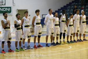 Sport - Basket - Stella azzurra - La squadra al completo
