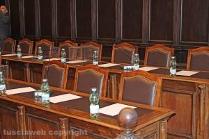 Viterbo - Consiglio comunale vuoto - I banchi della maggioranza