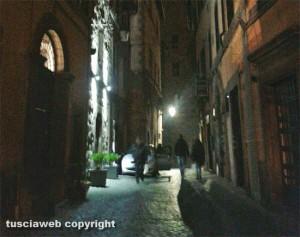 Viterbo - Via San Lorenzo al buio