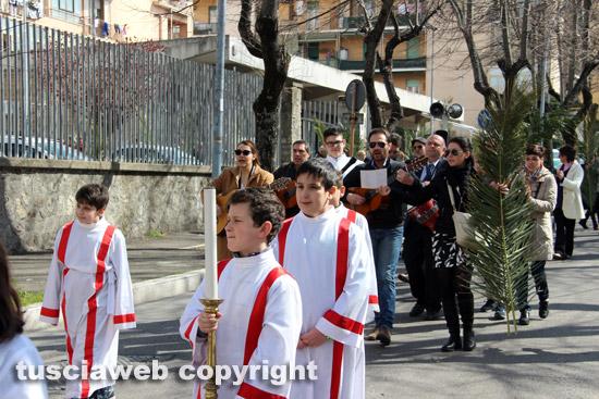 Domenica delle palme processione al pilastro - Colorazione pagine palma domenica ...