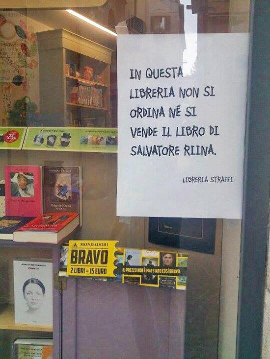 In Questa Libreria Non Si Vende Il Libro Di Riina