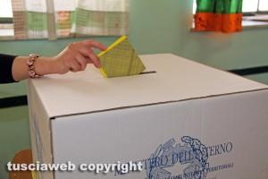 Elezioni - Un seggio elettorale