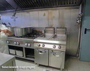 La cucina della mensa a Viterbo