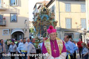 Viterbo - Processione Madonna Liberatrice - Il vescovo Lino Fumagalli