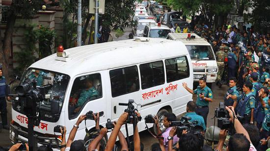 Strage italiani a Dacca, 7 persone condannate a morte
