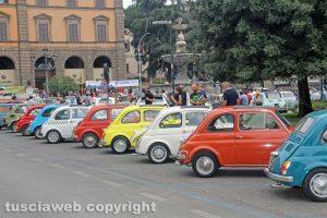 Sport - Motori - Il raduno delle Fiat 500 a piazza della Rocca