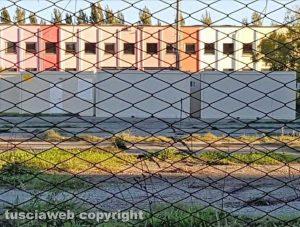 Viterbo - I container al parcheggio dell'ex fiera