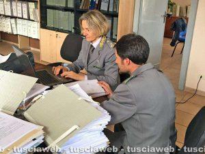 Operazione Vox Populi - Un commissario capo in forza al comando provinciale di Viterbo con un assistente capo della stazione locale di Acquapendente
