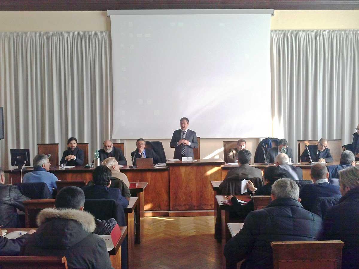 Gal approvati piani di sviluppo in teverina etrusco for Piani di camera aggiunta