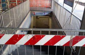 Una stazione - Sottopassaggio chiuso