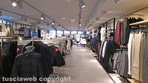 Viterbo - Inaugurazione del negozio di H&M