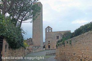 Tarquinia - La chiesa di Santa Maria in Castello