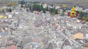 Terremoto - Amatrice vista dall'alto
