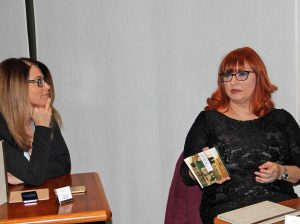 "Tiziana Tafani presenta il libro ""And we can be heroes"""