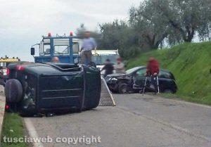 Fabrica di Roma - Scontro fra auto sulla Sp27 Faleriense