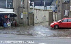 Viterbo - Lastra di ghiaccio sulla strada nei pressi dello stadio