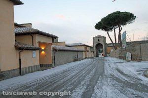 Viterbo - La neve di mattina - Porta Faul