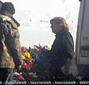 Tuscania - La presunta falsa cieca al mercato