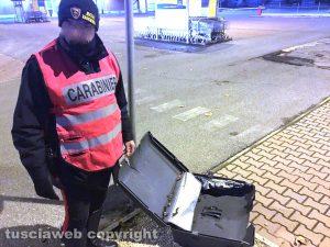 Civita Castellana - Allarme bomba - L'intervento dei carabinieri e artificieri
