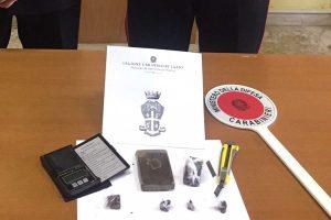 Montefiascone - Beccato con 150 grammi di hashish, arrestato