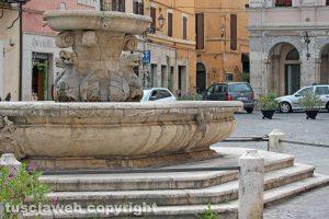 Civita Castellana - La fontana a piazza Giacomo Matteotti
