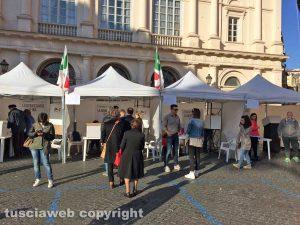 Viterbo - Primarie Pd 2017 - I seggi a piazza Verdi