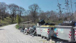 Viterbo - L'isola di prossimità al consorzio stradale Novepani