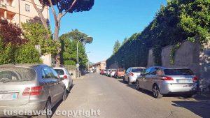 Viterbo - Via del Paradiso e via Palmanova sommerse dalle auto