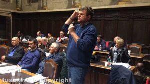 Consiglio comunale - Filippo Rossi e Viva Viterbo lasciano la maggioranza