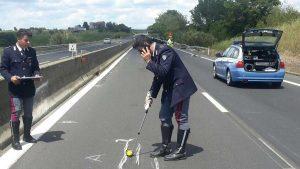 Incidente sulla superstrada - I rilievi della polizia stradale