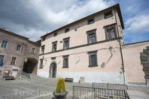 Latera - Palazzo-Farnese